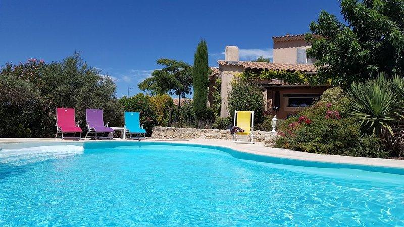 Villa contemporaine, un petit coin de paradis, vacation rental in Caromb
