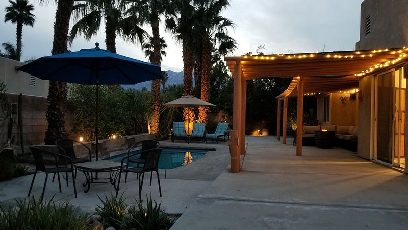 COZY AND FULLY EQUIPPED SPANISH-STYLE HOME, holiday rental in Cathedral City