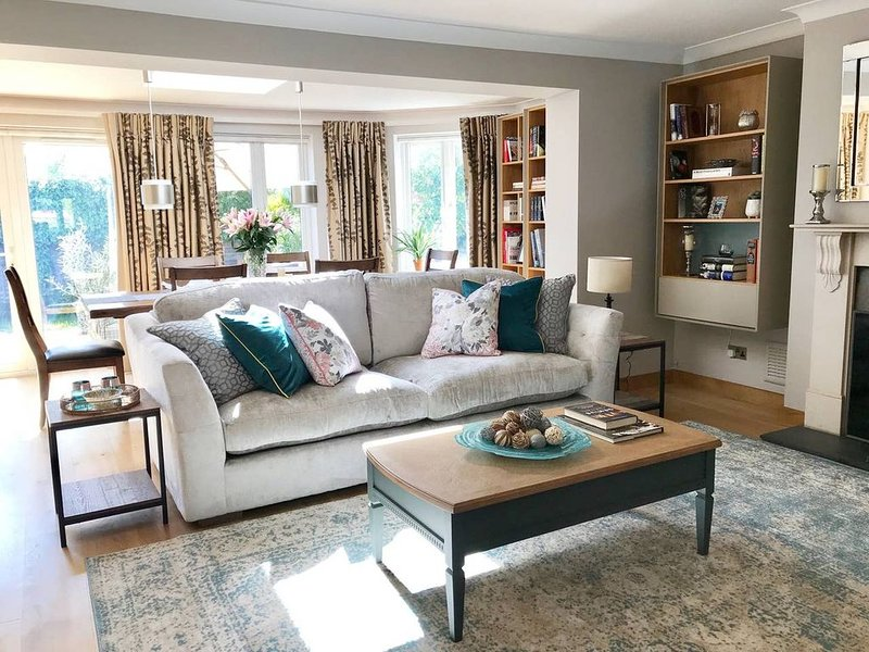Luxury living in Cobham, Surrey!, holiday rental in Cobham