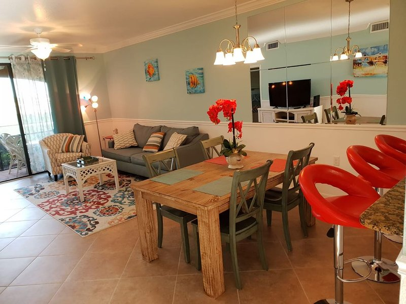 Beautiful 1st floor condo on the 1st hole!Special price Jan+Feb 2021!Petfriendly, holiday rental in Immokalee