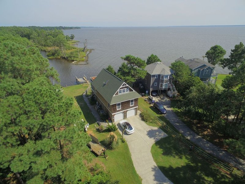 Nature Lovers Wanted! Sound front, Solar Powered, Tesla Charger, Pet Friendly, holiday rental in Kill Devil Hills