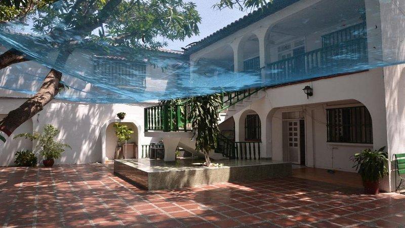 CASA VARGAS - Suite 1, holiday rental in La Boquilla