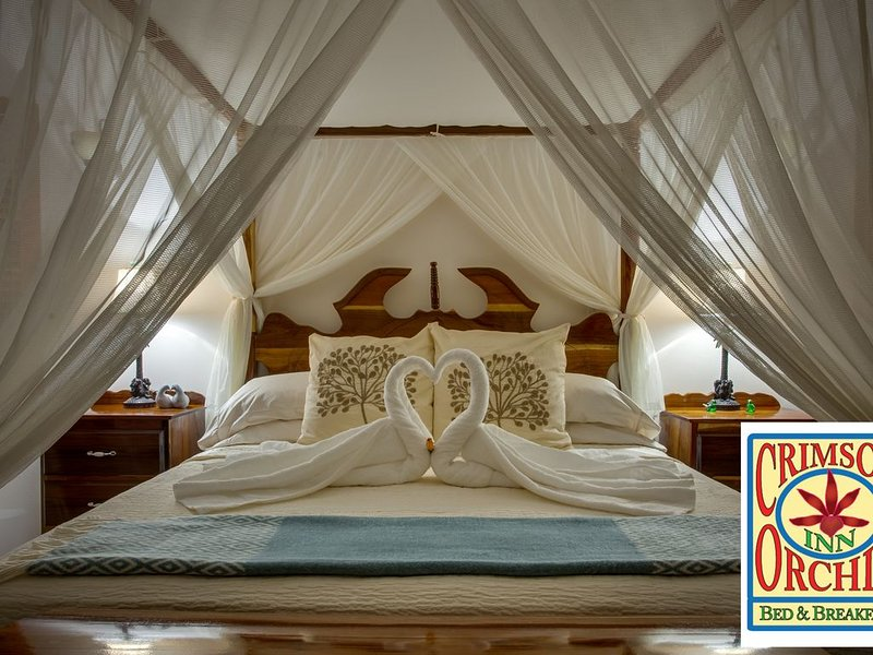 Bridal Suite  - Especially Suited For A Luxurious Intimate Getaway., alquiler de vacaciones en Corozal