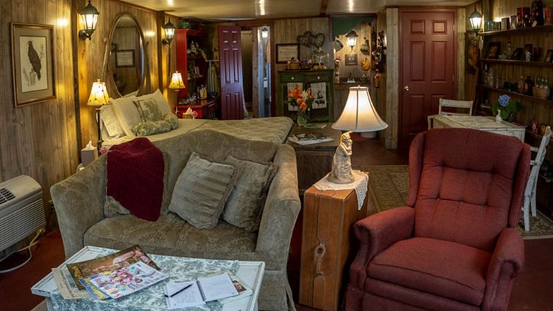 Precious Past Room