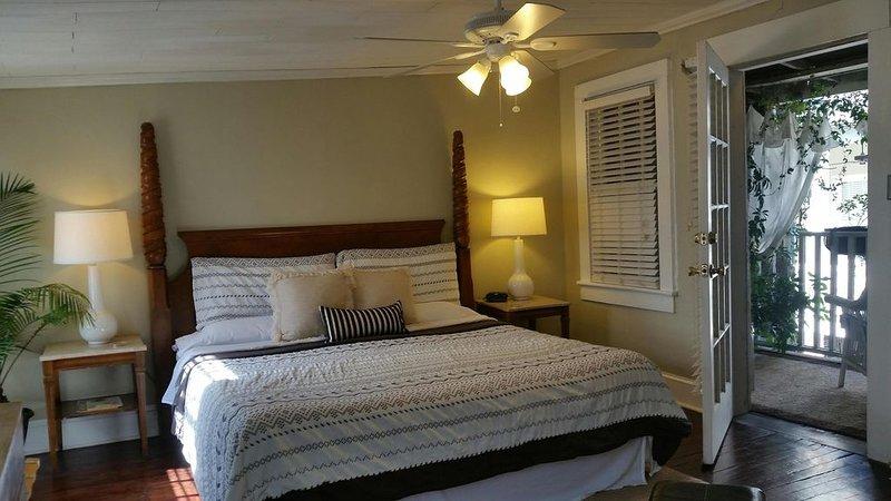 ¡Bienvenido a una auténtica experiencia de alquiler en Savannah con propietarios hospitalarios!