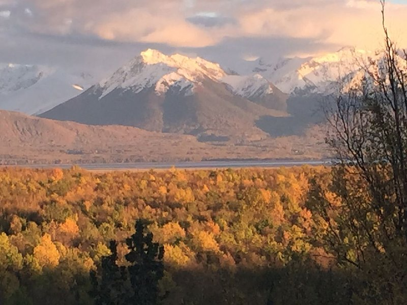 Settlers Mountain View Retreat II, vacation rental in Wasilla