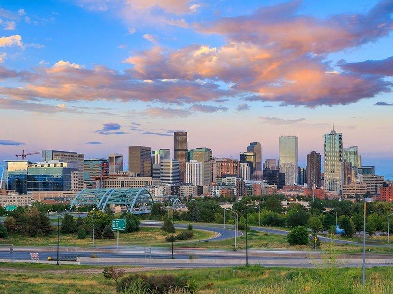 Denver vous attend. Venez visiter notre ville aujourd'hui!