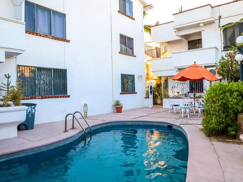 THE BLUE APARTMENT CLOSE TO THE BEACH, holiday rental in El Centenario