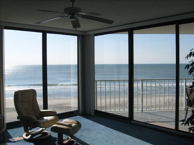 One Ocean Place - Direct Oceanfront, location de vacances à Garden City Beach