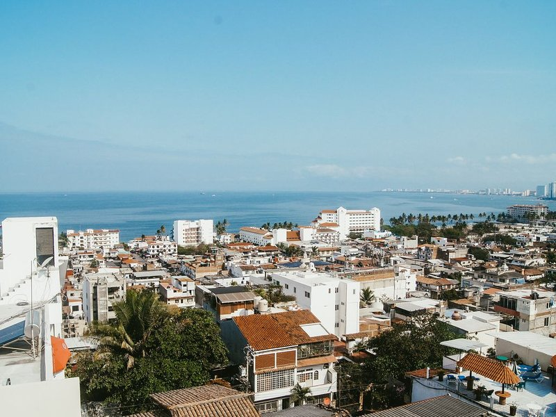 NEW. Soho Style Condo With Ocean Views in Downtown Puerto Vallarta, vacation rental in Puerto Vallarta