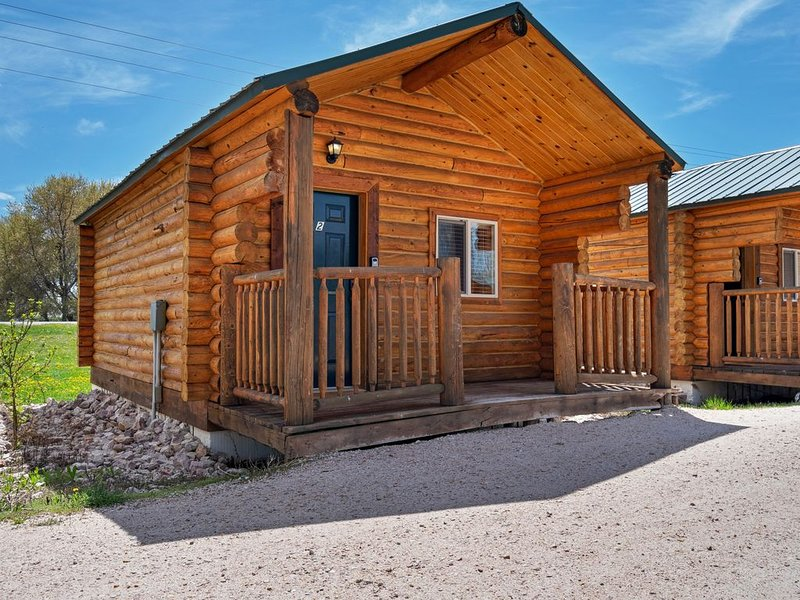 Premium Cleaned | Cozy cabin for two w/ a kitchenette & free WiFi plus shared sp, alquiler vacacional en Dingle