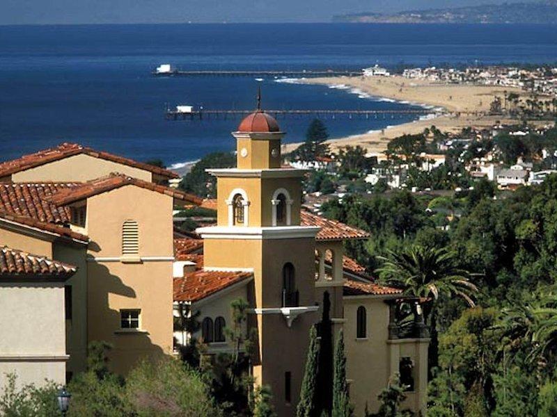 Luxury two bedroom villa for eight people. Marriott Newport Coast!, holiday rental in Laguna Beach