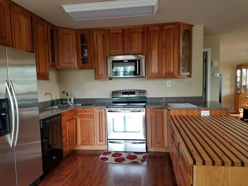 1200 SF high end condo with views, vacation rental in Clam Gulch