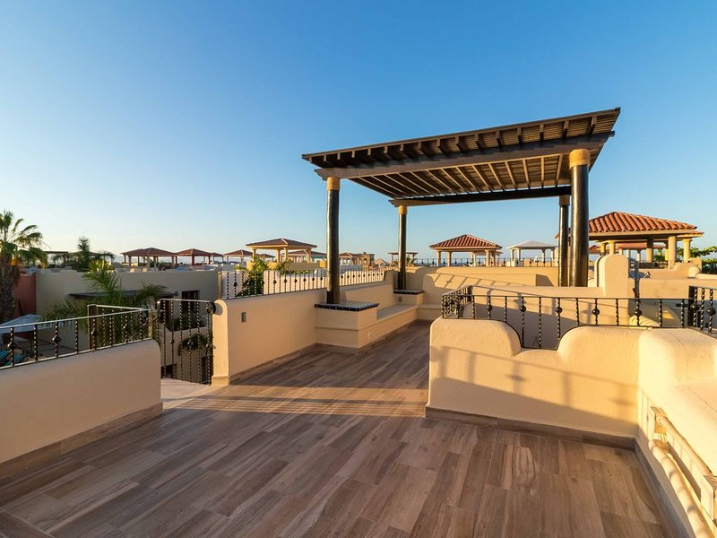 Exceptional home in Loreto Bay, perfect Mountain Views, Steps from Lap pool & co, Ferienwohnung in Ensenada Blanca