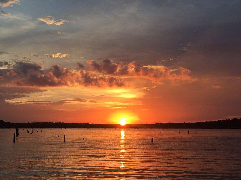 Rip'n Lips Lake Rental On Toledo Bend, holiday rental in Milam