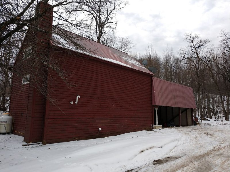 Tug Hill Creekside House is right on the snowmobile/ATV trails!, holiday rental in Copenhagen