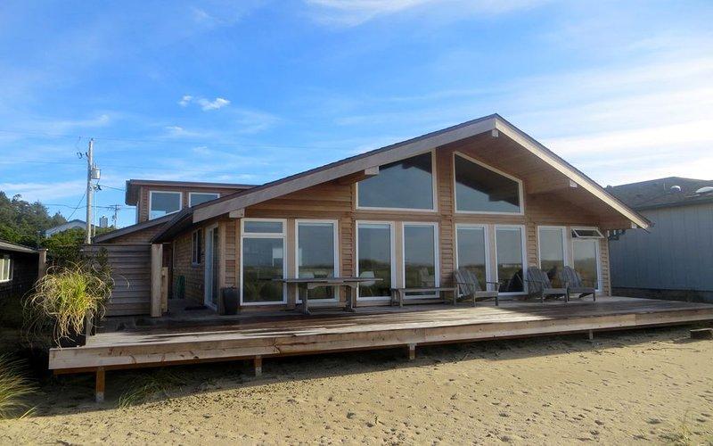 Manzanita -- Oceanfront & Neahkahnie Mt View...., holiday rental in Manzanita