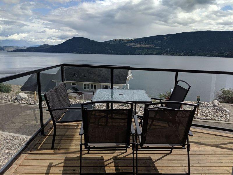 Georgeous Lake Views - 3 Bedroom Cottage at La Casa Resort, vakantiewoning in South Fintry
