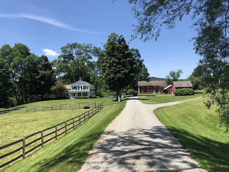 Hudson Valley - Picardy Farm: Entire Estate, holiday rental in Bangall
