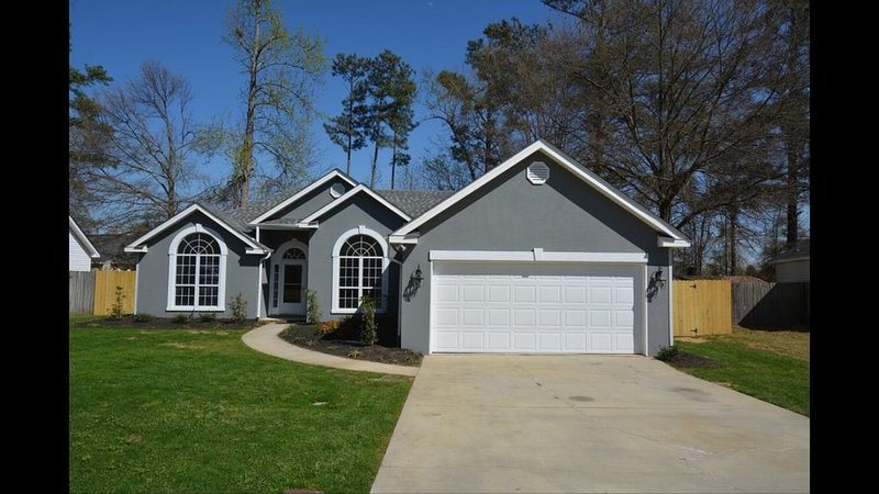 Convenient Home 10 minutes from Masters, vacation rental in Graniteville