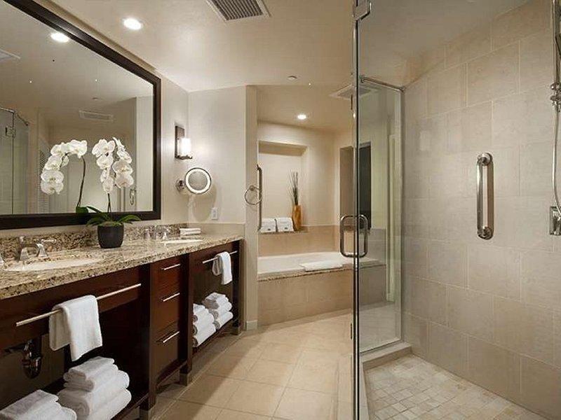 Coachella Weekend 1 - 1BR Villa * Westin Mission Hills, holiday rental in Thousand Palms
