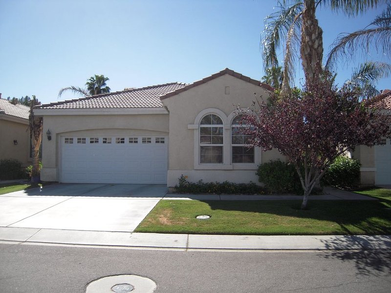 Within walking distance to Coachella Festival!, holiday rental in Coachella