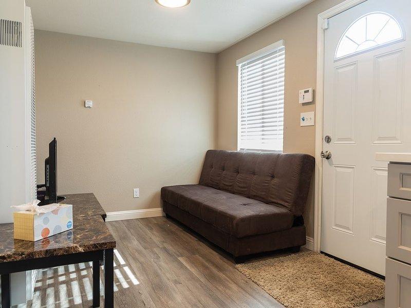 ★ Cozy 1-Bedroom in Richmond, 40 Minutes to SF ★, location de vacances à Richmond