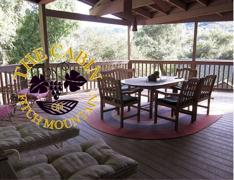 The Cabin on Fitch Mountain, vacation rental in Healdsburg