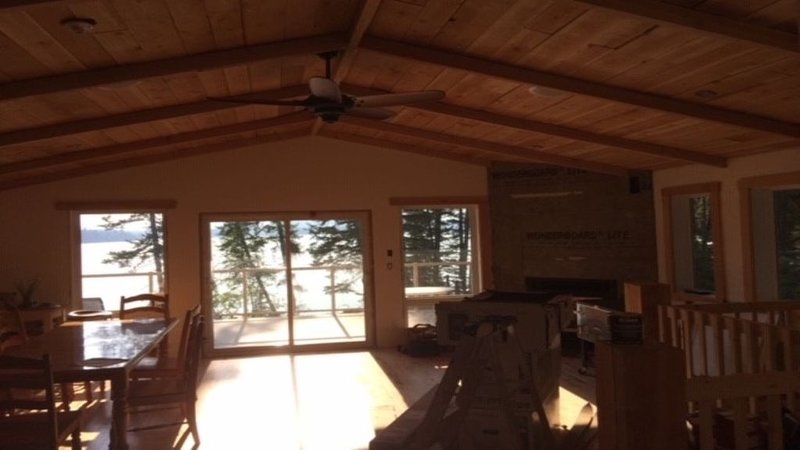 Bridge Lake Waterfront, vacation rental in Lone Butte