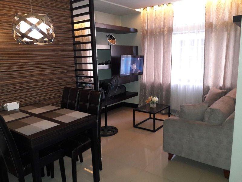 Manhattan Parkway , Araneta Center 2Bedrooms, 2 Bath, Fully Furnished., holiday rental in San Juan