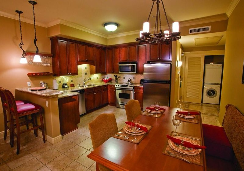 Vino Bello Resort  1br condo Sleeps 4, holiday rental in American Canyon