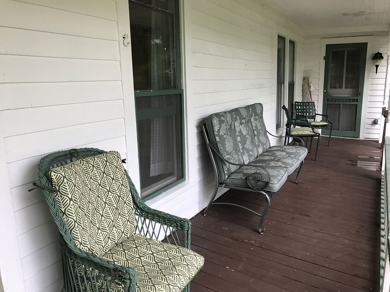 Cottage in Maple Springs, NY with lake rights, holiday rental in Cassadaga