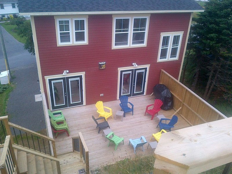 Private rear deck with views directly off main level