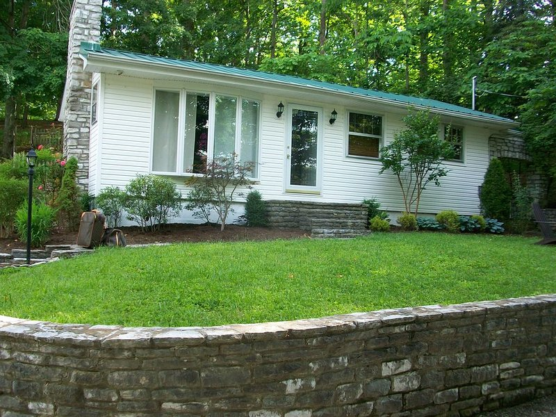 Herrington Lake Water Front House, vacation rental in Perryville