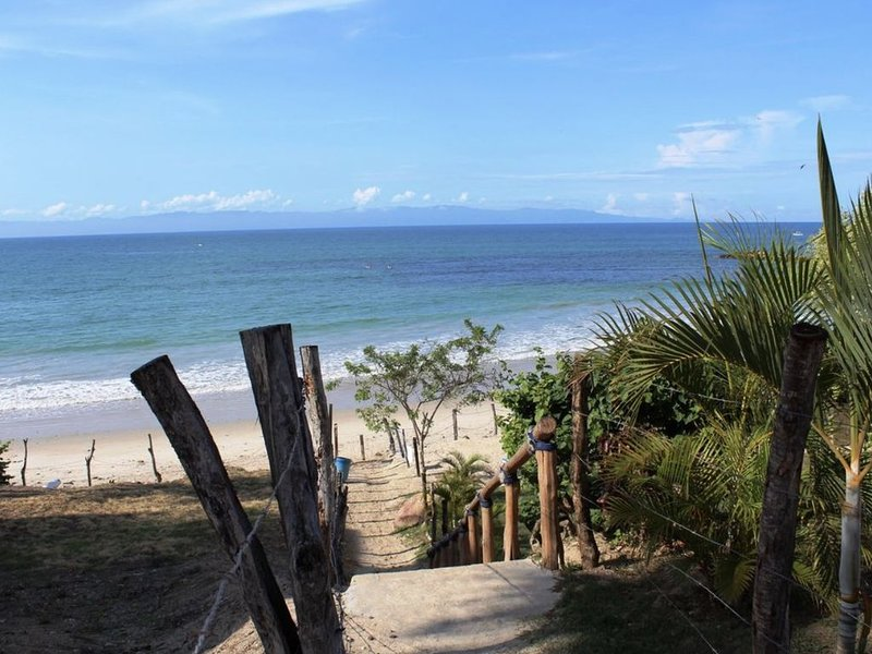 ***NEW BALCONY*** La Mision De Mita Condo, Escape to Paradise at Casa de Azul!, location de vacances à Punta de Mita