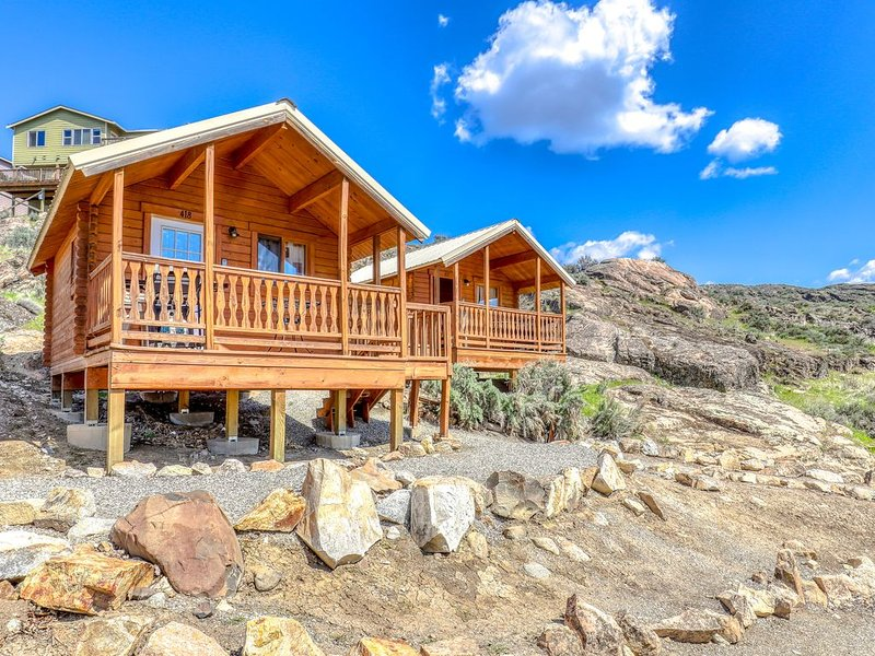 Adorable dry cabin w/ a private grill, lake access, & shared resort amenities, holiday rental in Electric City