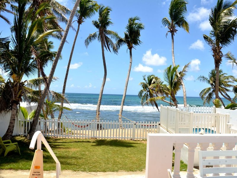 Cozy Beachfront, Private Pool & Stunning Ocean Views!, vacation rental in Yabucoa