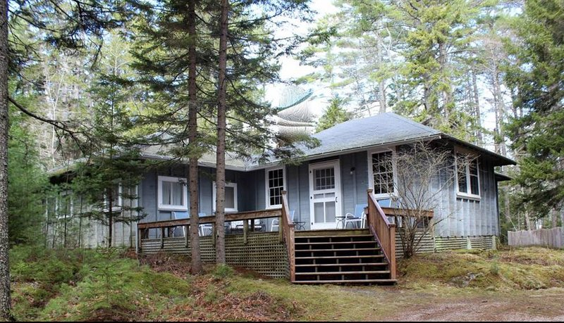 4 Bdrm Cottage on Parker Point, Blue Hill ME, holiday rental in Blue Hill