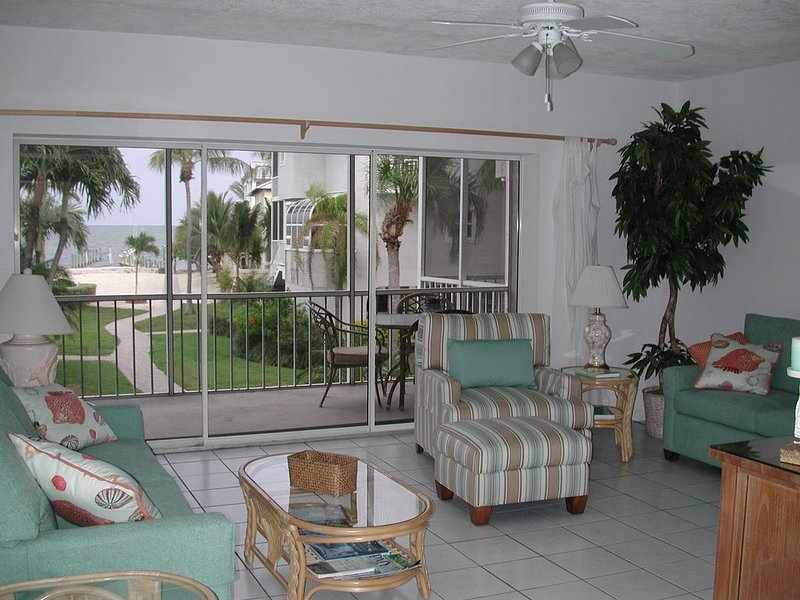 Secluded Stunning Oceanview Townhome, holiday rental in Matecumbe Key