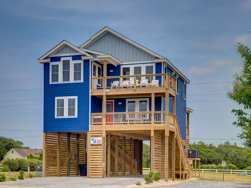 New Home on private harbor! Sunsets, fishing, beach, includes kayaks and linens, vacation rental in Waves