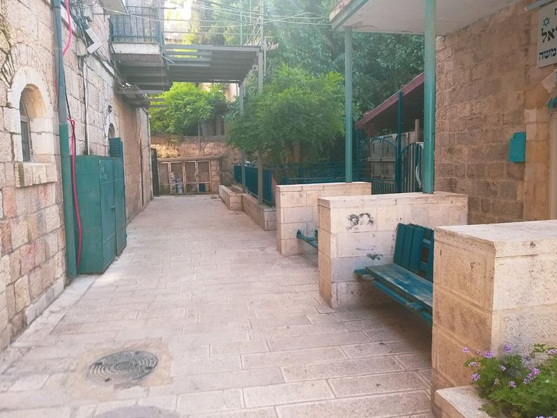 Apartment in the center of Jerusalem, holiday rental in Kefar Uriyya