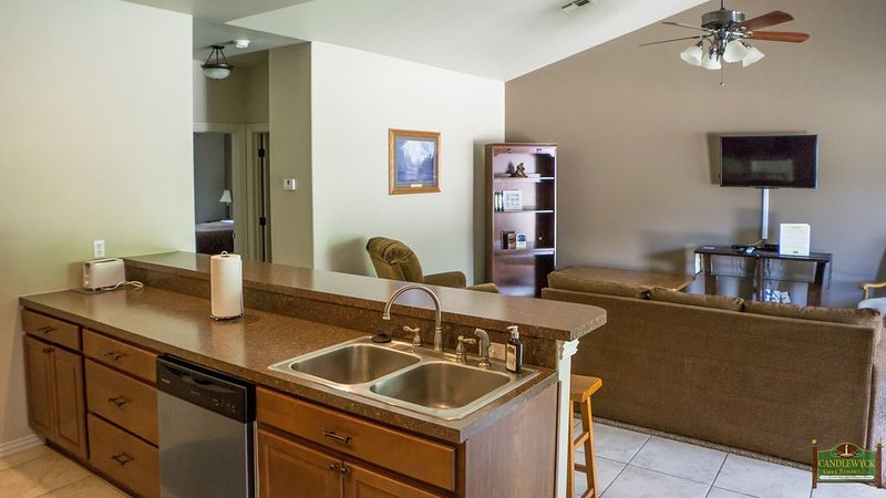 Townhouse At Lake Front Resort, holiday rental in Fairland