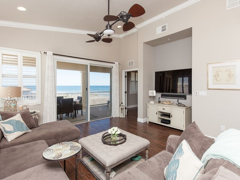 Top Floor Penthouse Corner Unit in Cinnamon Beach 361 ! Gorgeous ocean views!, alquiler de vacaciones en Palm Coast