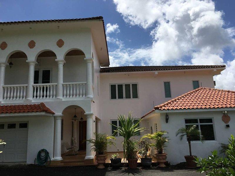 Estrella del Sol - a private oasis with views of El Yunque, vacation rental in El Yunque National Forest