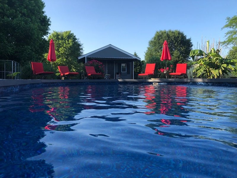 Let your stress melt away at the B.O.B. House, holiday rental in Cordova