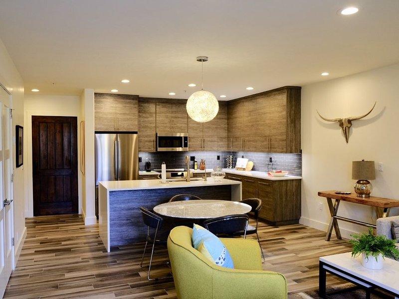 Downtown Luxury Elevator and Underground Parking, vacation rental in Sun Valley-Ketchum
