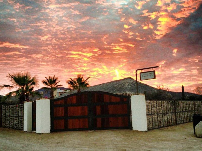 Saguaro!! Best beach in El Sargento Lexury Palapas la Choya Ocean View., holiday rental in El Sargento