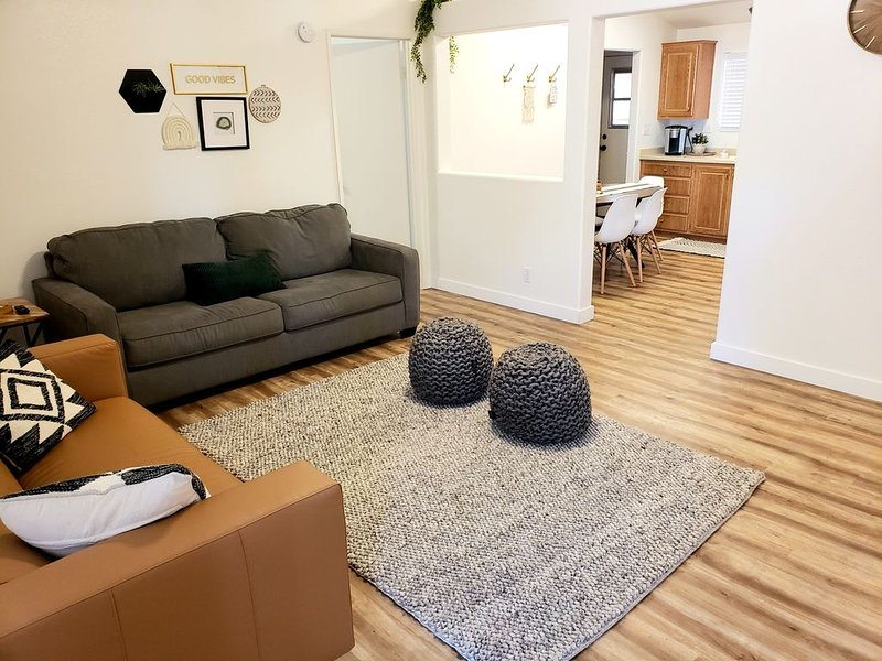 Come stay at our comfy, cozy, NEWLY RENOVATED home in the Ivins, UT!, alquiler vacacional en Ivins