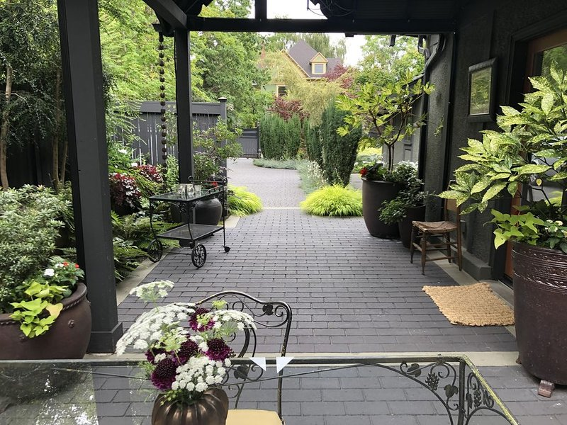 Seattle, Capitol Hill Aloha Carriage House- Private, Gated and Central – semesterbostad i Seattle
