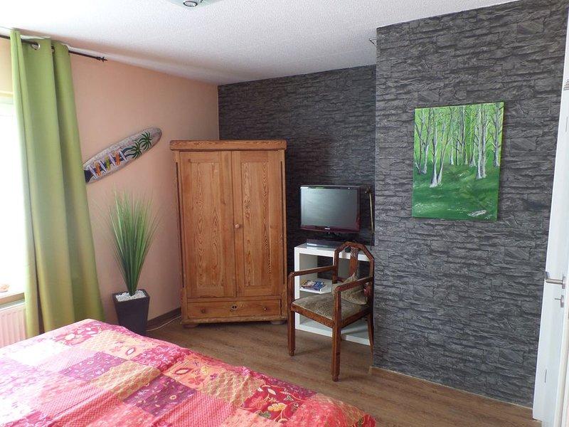 two rooms near Krupp Villa Hügel, Lake Baldeney, Unesco - Zollverein, aluguéis de temporada em Essen